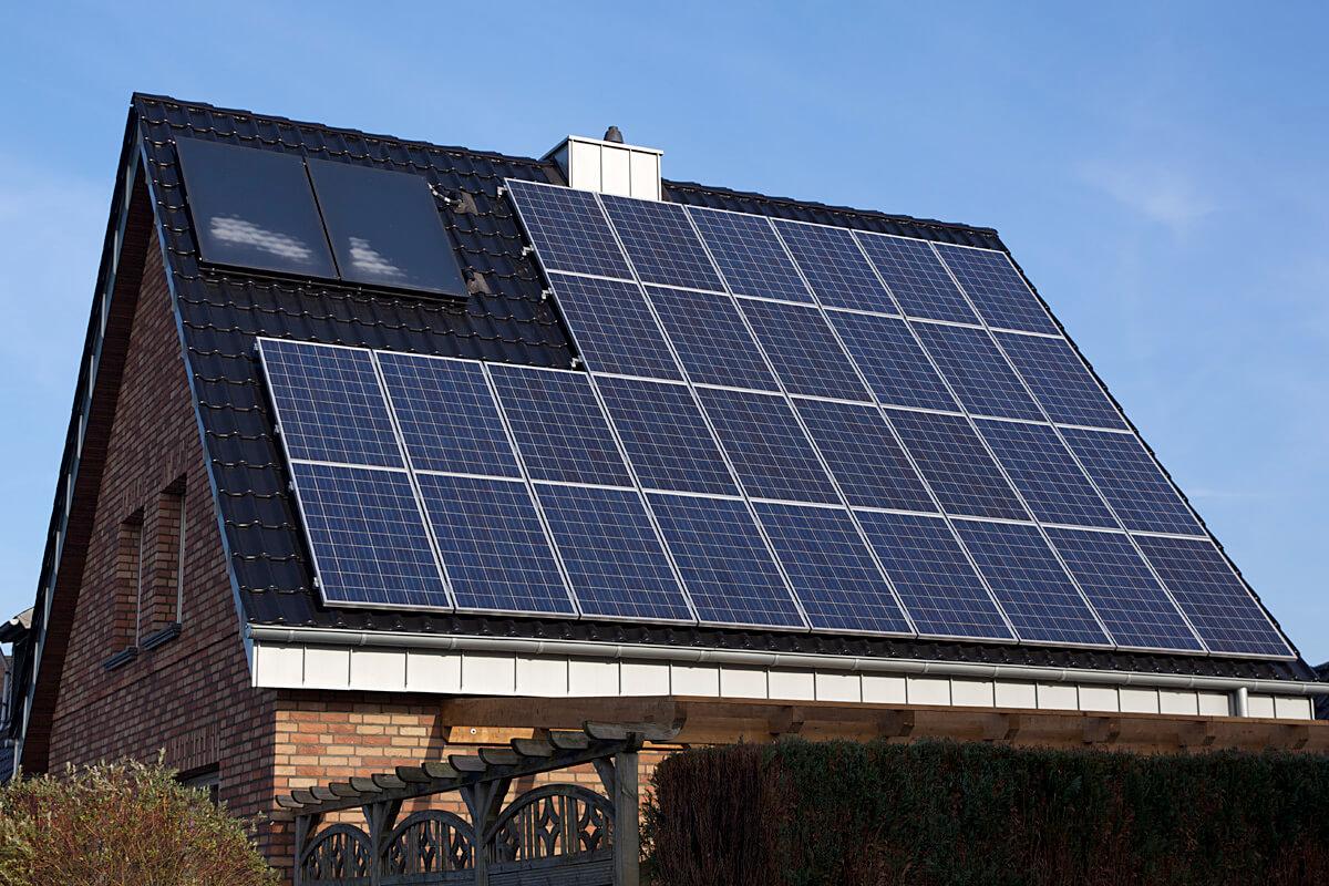 panouri solare pe casa